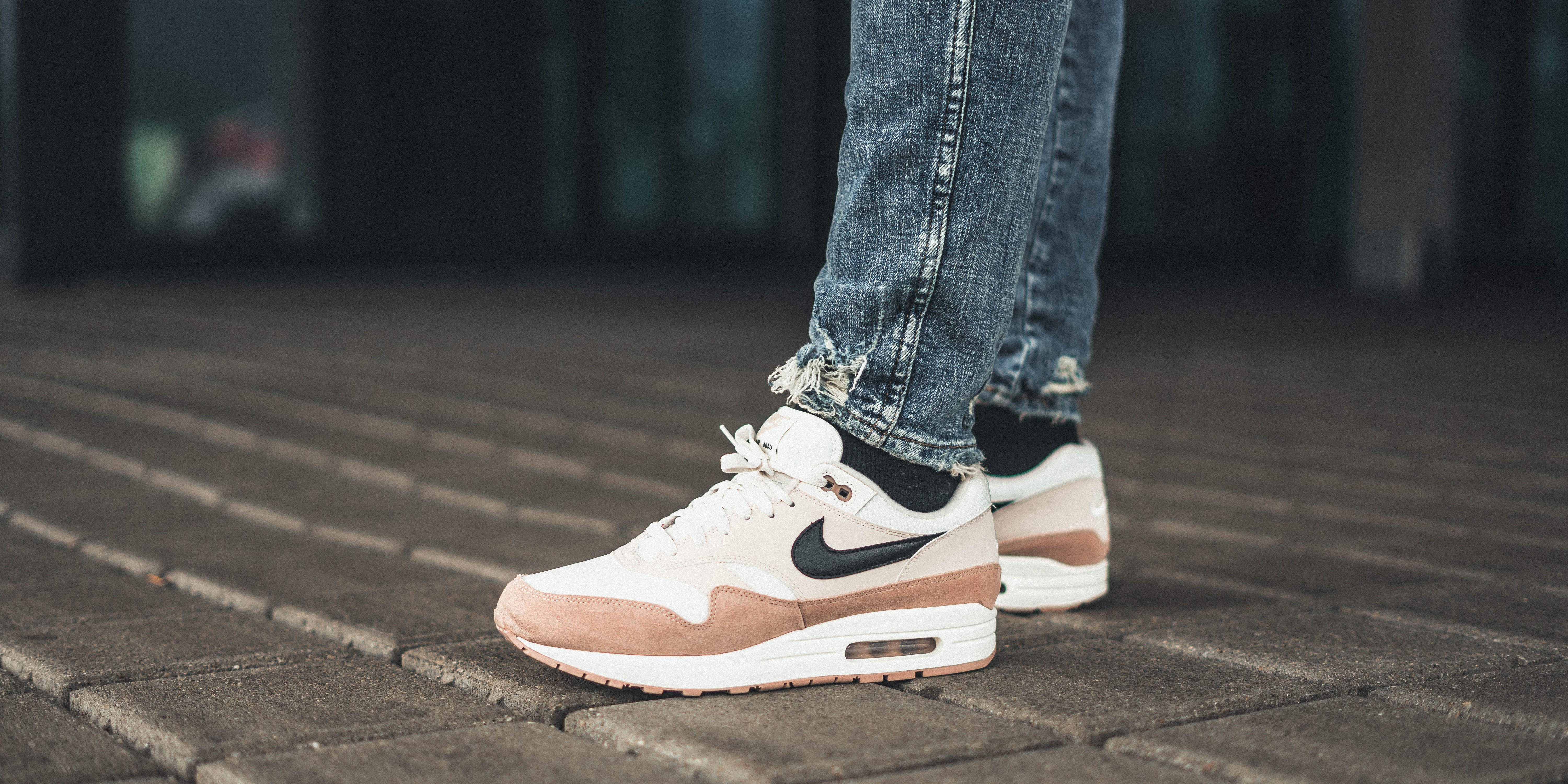 sports shoes 76c6f 3fe3c real nike air max 1 outfit denim b0409 77381